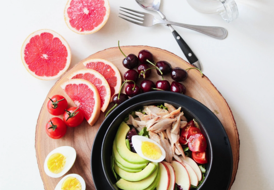 Balanced Diet How You Can Make a Healthy Nutritional Plan Without Cutting Food Groups
